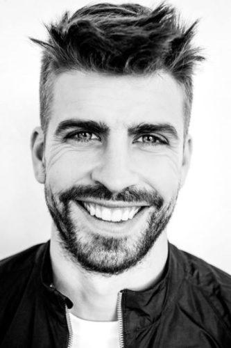 Жерар Пике - защитник Барселоны, фото